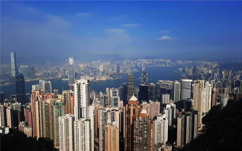 スタンダードチャータード、香港経済6.9%の成長を見込む